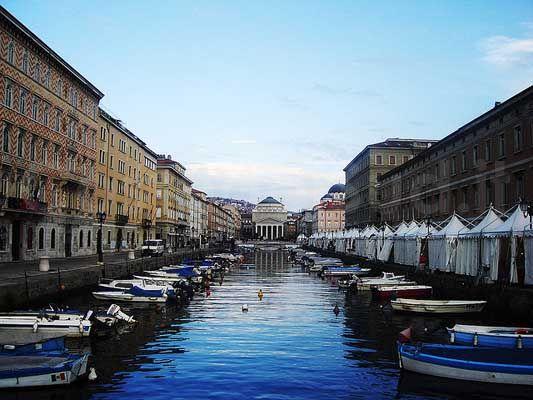Offerte vacanze friuli venezia giulia agosto 2018 coste for Progettazione giardini friuli venezia giulia