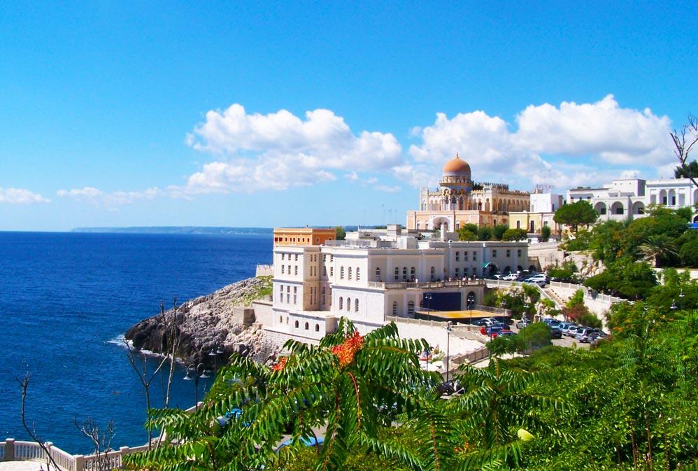 Vacanze a santa cesarea terme affitti case vacanza - Bagno 19 santa cesarea terme ...