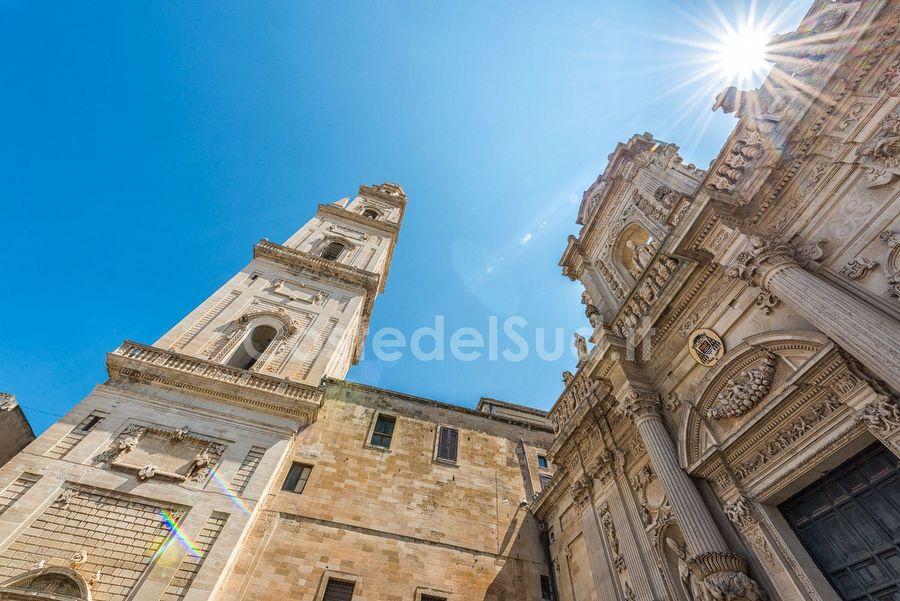 campanile Piazza Duomo Lecce