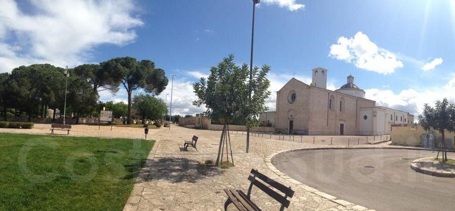 piazzetta Santuario Di Santa Maria Della Grottella