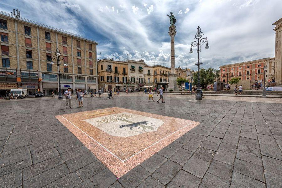 piazza Sant'Oronzo, Lecce
