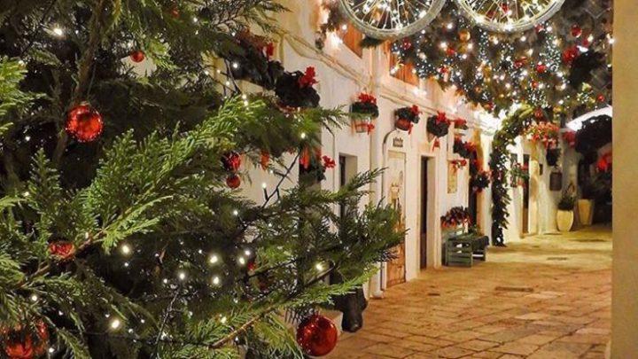 La Puglia si fa bella per Natale: ecco le città dagli addobbi più creativi